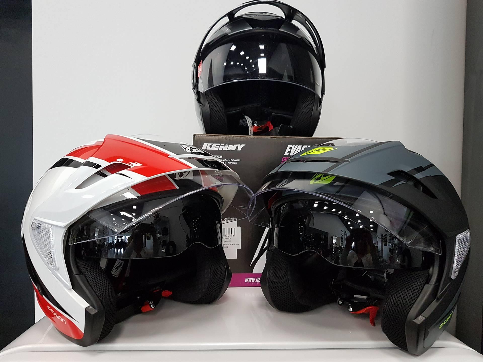Casque de moto homologué